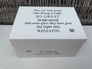 Personalised In Memory Of A Loved One ~ Box ~ WIFE ~ any Name Bereavement Loss - 332624000135